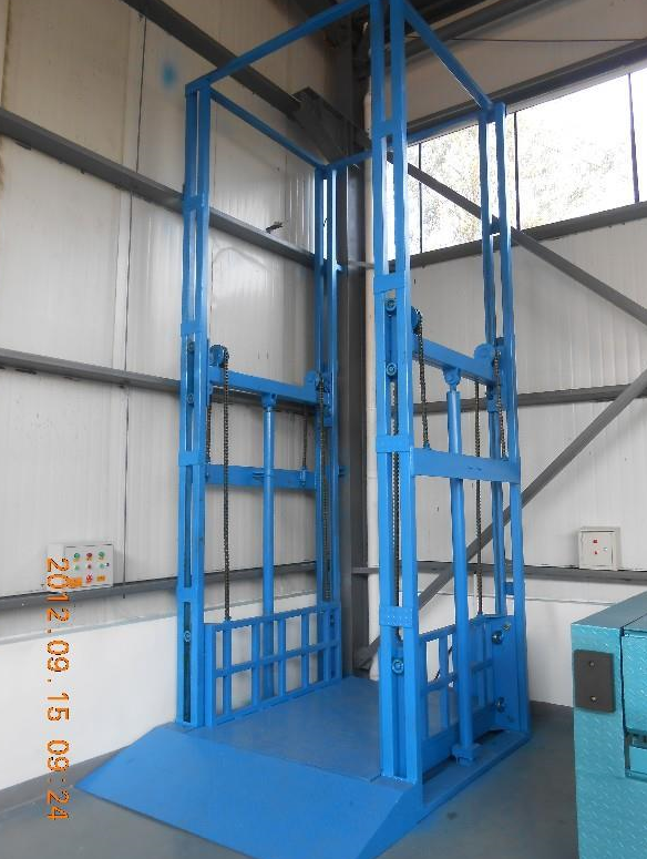 Installation of vertical cargo lift/Freight elevator